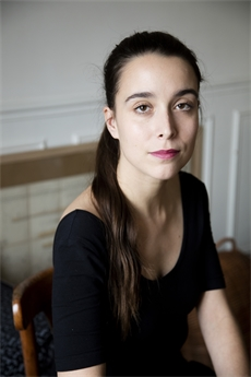 Image of Nina Leger