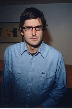 Louis Theroux Image for download