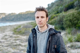 Markus Zusak Image for download