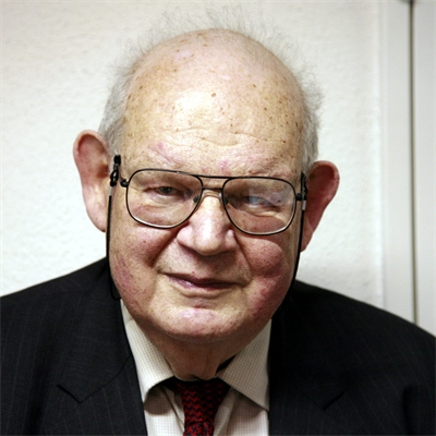 Benoit B. Mandelbrot